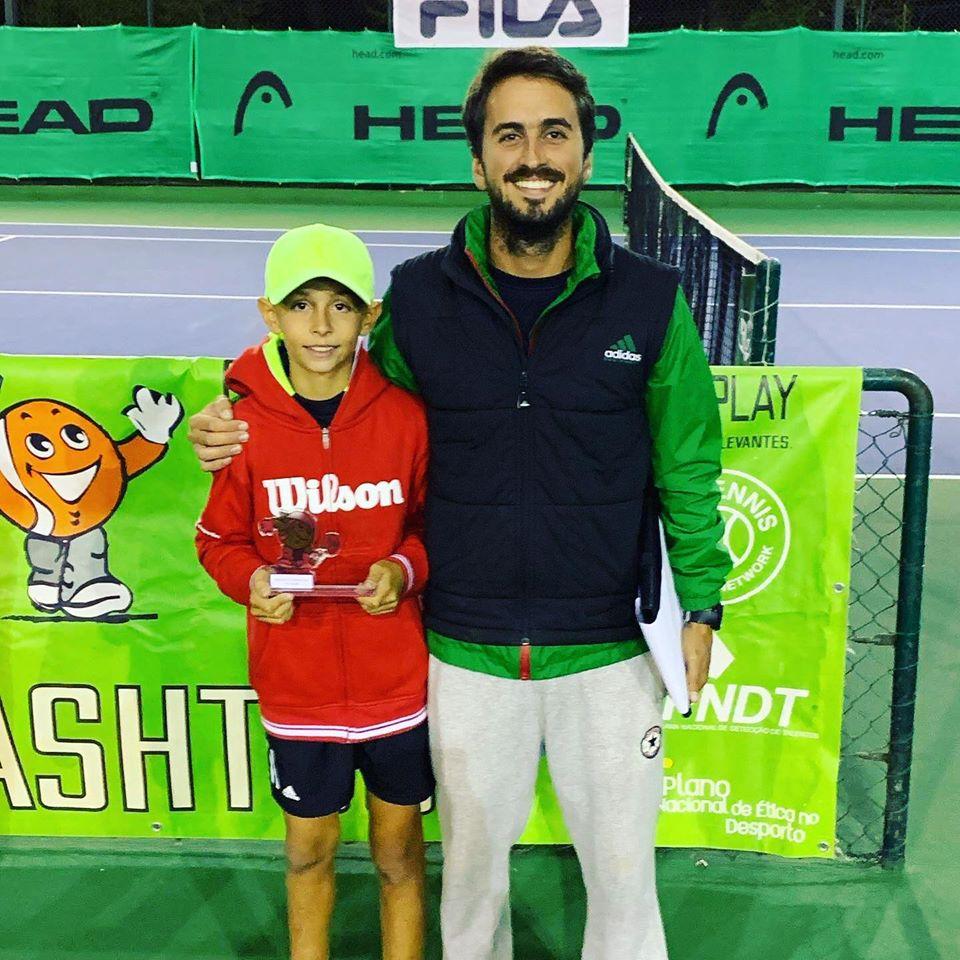 Lourenço Costa apura-se para o Masters Nacional Smashtour